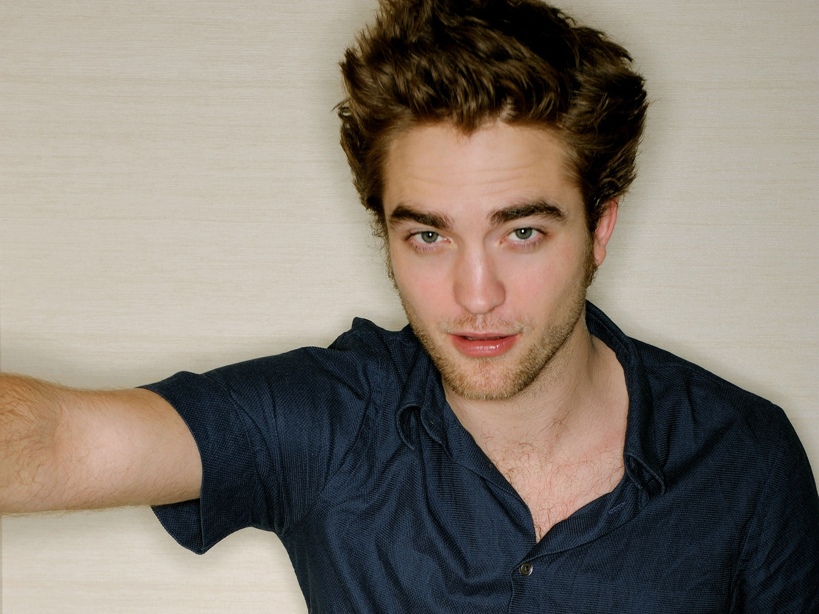 Robert Pattinson Pictu... Robert Pattinson