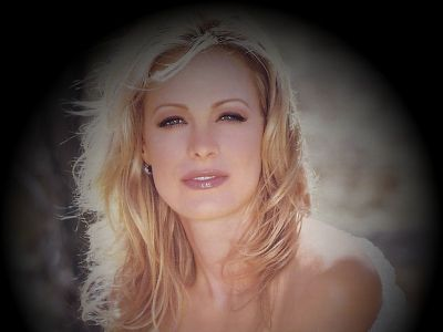 Alison Eastwood Picture - Image 7