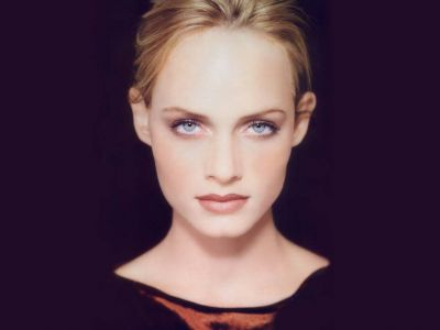 Amber Valletta Picture - Image 7