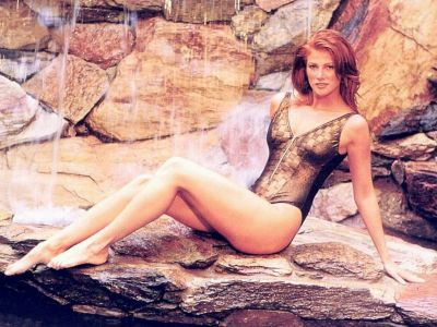 Angie Everhart Picture - Image 7