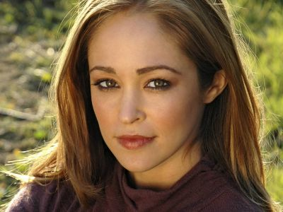 Autumn Reeser Picture - Image 9