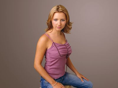 Beverley Mitchell Picture - Image 11