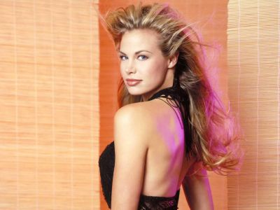 Brooke Burns Picture - Image 3