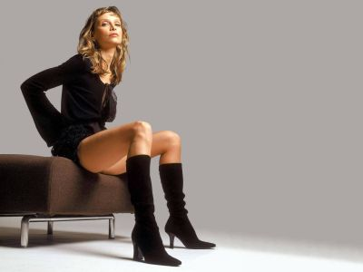 Calista Flockhart Picture - Image 1