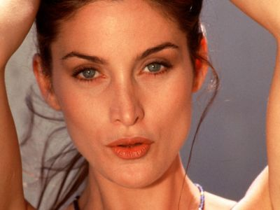 Carrie Anne Moss Picture - Image 10