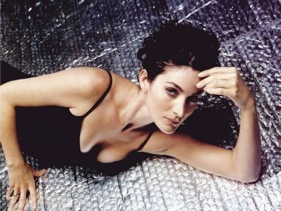 Carrie Anne Moss Picture - Image 9