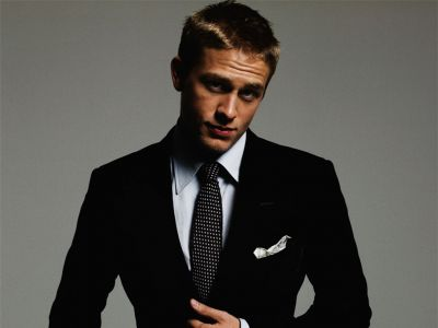 Charlie Hunnam Picture - Image 13