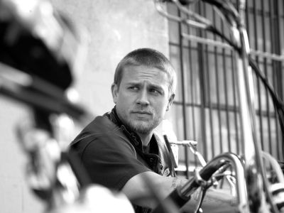Charlie Hunnam Picture - Image 18