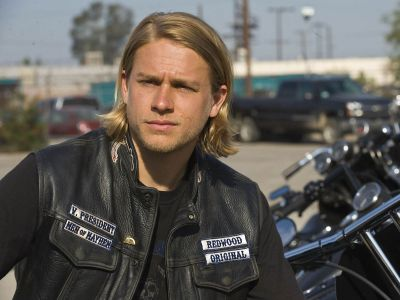 Charlie Hunnam Picture - Image 2