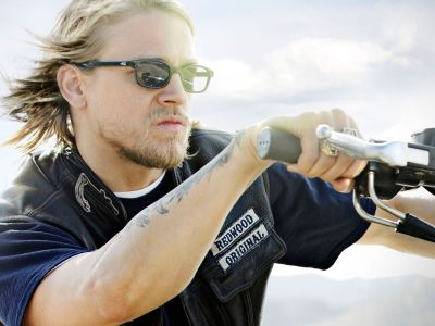 Charlie Hunnam Picture - Image 23