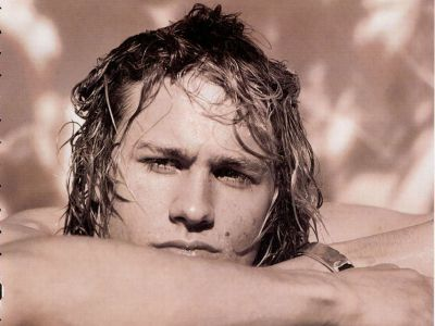 Charlie Hunnam Picture - Image 25