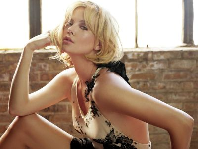 Charlize Theron Picture - Image 101