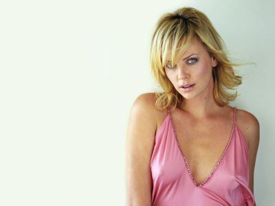 Charlize Theron Picture - Image 136