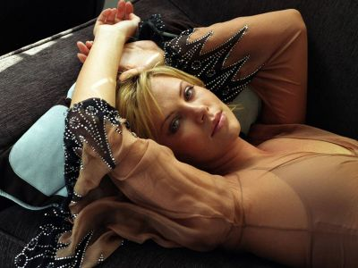 Charlize Theron Picture - Image 149