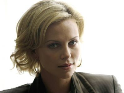 Charlize Theron Picture - Image 2