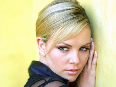Charlize Theron Picture - Image 210