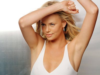 Charlize Theron Picture - Image 3