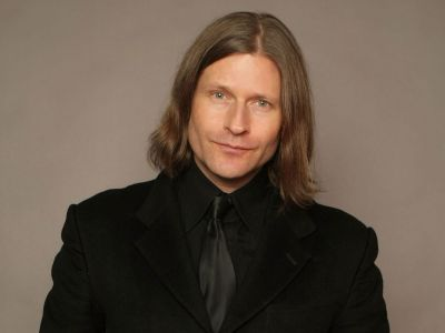 Crispin Glover Picture - Image 11