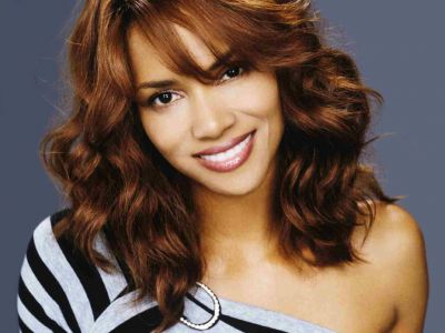 Halle Berry Picture - Image 10
