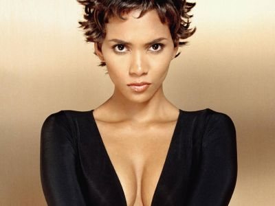 Halle Berry Picture - Image 11