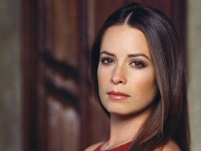 Holly Marie Combs Picture - Image 11