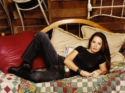 Holly Marie Combs Picture - Image 37