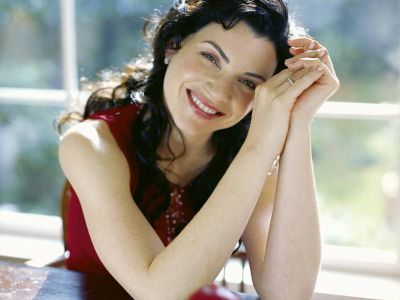 Julianna Margulies Picture - Image 1