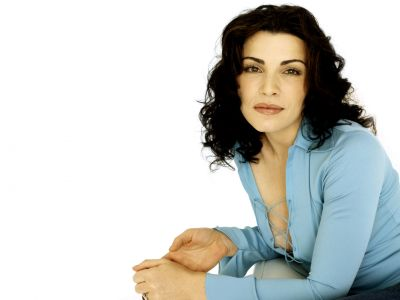Julianna Margulies Picture - Image 10