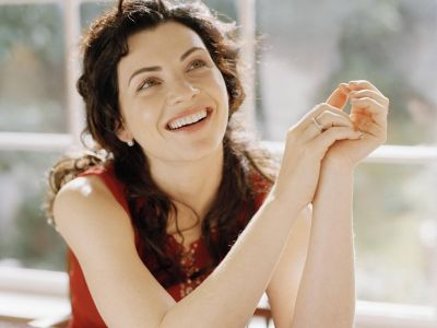 Julianna Margulies Picture - Image 11