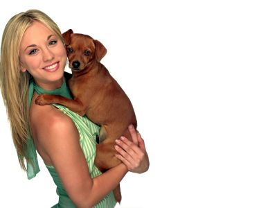 Kaley Cuoco Picture - Image 11