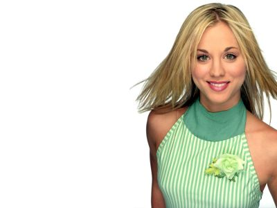 Kaley Cuoco Picture - Image 2