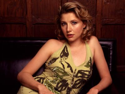 Sarah Chalke Picture - Image 26