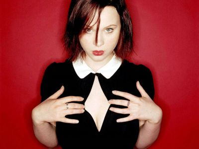 Thora Birch Picture - Image 1