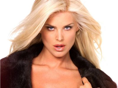 Victoria Silvstedt Picture - Image 16