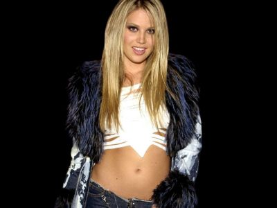 Willa Ford Picture - Image 9